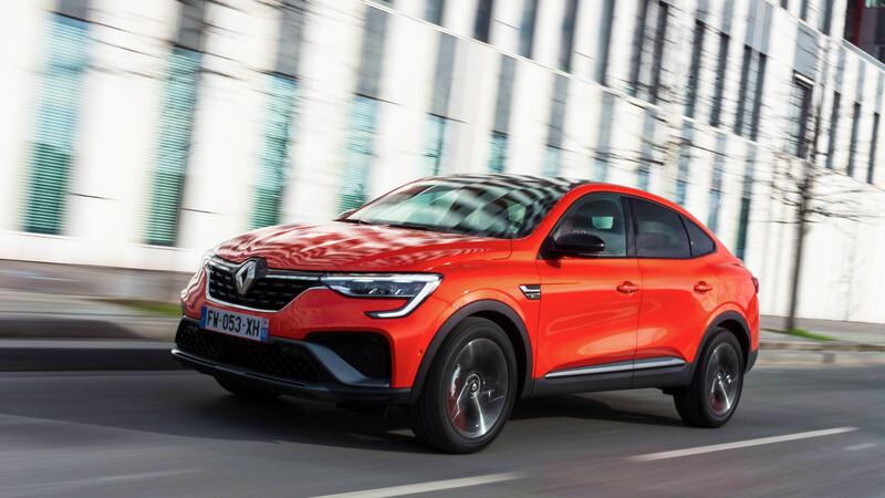 El Renault Arkana gana motor híbrido y paquete deportivo para Europa