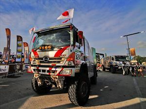 Hino logra su sexta victoria consecutiva en el Dakar