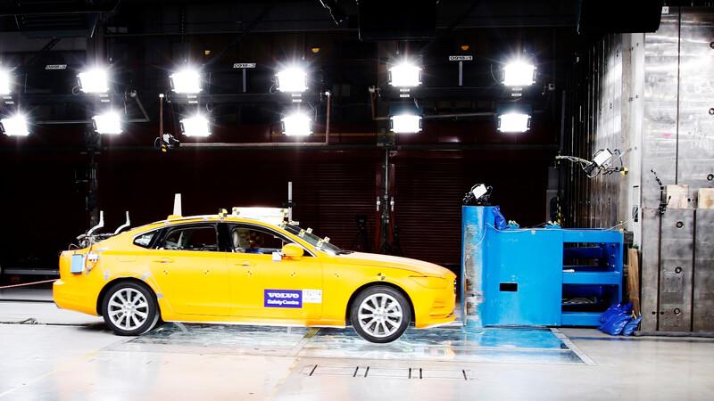 El Centro de Seguridad de Volvo cumple 20 años