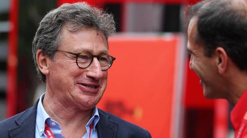 Louis Camilleri deja el cargo de CEO de Ferrari