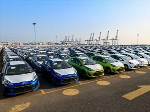 Toyota CH-R y Prius C ya están en México