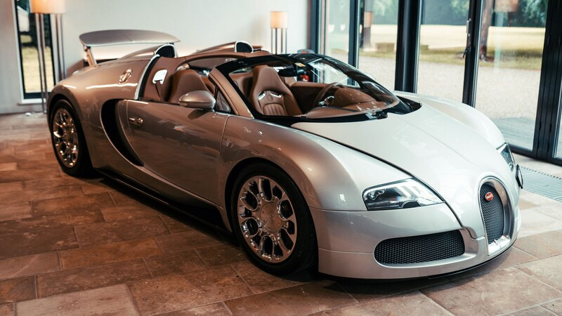Bugatti restaura su primer clásico moderno