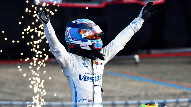 Mercedes gana doble en la Fórmula E 2021 en Berlín