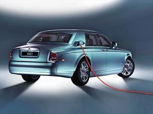 ¿Híbridos? Rolls-Royce no los necesita para llegar a la electricidad