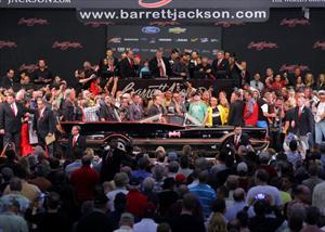 El Batimóvil original de la serie de TV se subasta en 4.6 millones de dólares