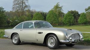 Subastan Aston Martin DB5 de George Harrison por más de 500 mil dólares