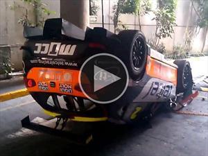 SEAT León Cupra de carreras VS. la torpeza humana