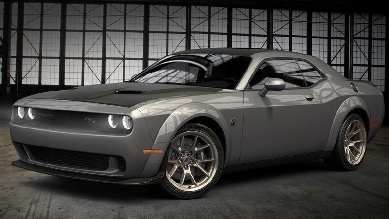 Dodge Challenger 50th Anniversary Commemorative Edition debuta