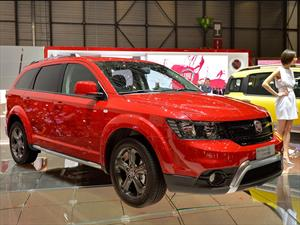 FIAT Freemont Cross, familiar, grande y aventurero