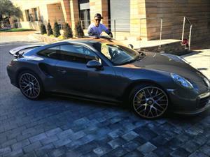 Cristiano Ronaldo agrega un Porsche 911 Turbo S a su colección de autos