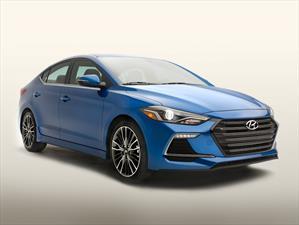 Hyundai Elantra Sport 2017, un toque más deportivo
