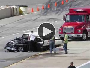Video: Choca con un Chevrolet Bel Air y sobrevive de milagro