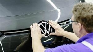 Volkswagen suspende la producción de automóviles en Europa por el coronavirus Covid-19