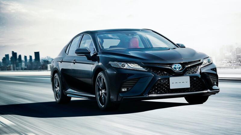 Toyota Camry Black Edition 2021 para festejar 40 años de existencia
