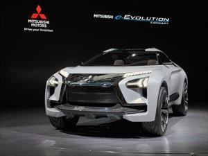 Mitsubishi e-Evolution Concept, la SUV que te enseña a manejar