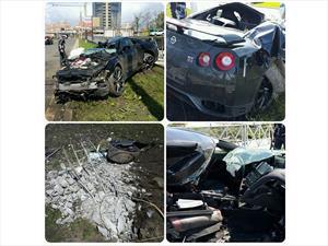 Futbolista ruso destruye su Nissan GT-R y se salva por poco