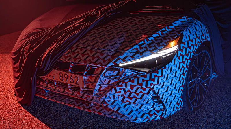 El nuevo Hyundai Elantra N 2022 se deja ver, aunque aún con un extenso camuflaje