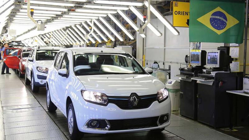 Renault suspende su producción en Brasil ¿Repercutirá en Argentina?