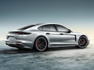 Porsche Exclusive Panamera 4S y Turbo debutan