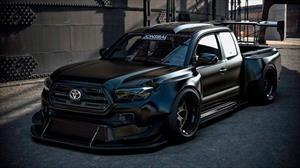 Esta Toyota Tacoma presume un motor NASCAR V8 de 900 Hp