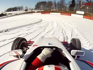 Video: Una vuelta en el Nürburgring con nieve