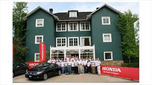 Honda Chile: Presenta Civic 2012 a concesionarios