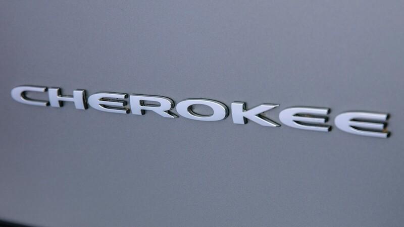 Jeep podría eliminar los emblemas Cherokee y Grand Cherokee