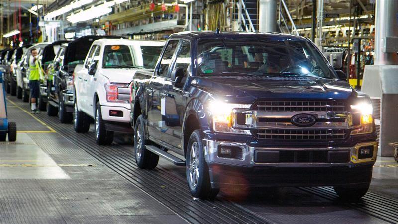 Ford suspende de nuevo la producción de autos en Estados Unidos