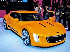 Kia GT4 Stinger Concept: Estreno mundial