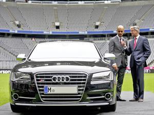 Pep Guardiola recibió su nuevo Audi S8
