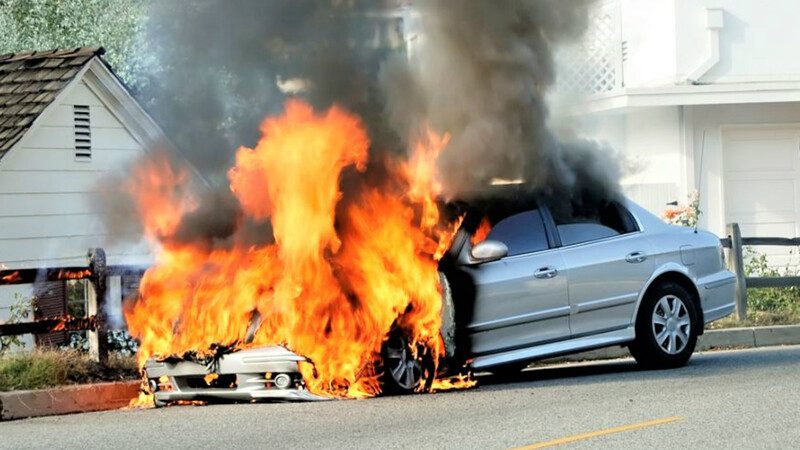 Evita que tu carro sea consumido por las llamas