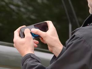 Range Rover Sport conducido vía remota desde un smartphone