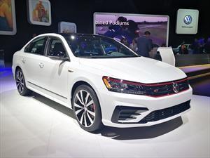 Volkswagen Passat GT 2018 debuta