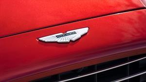 Aston Martin recibe millones de su nuevo inversor