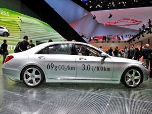 Mercedes-Benz S 500 Plug-in Hybrid: Rinde hasta 33 Km/l