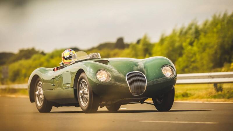 Junten dinero: Jaguar fabricará réplicas del C-Type ganador en Le Mans