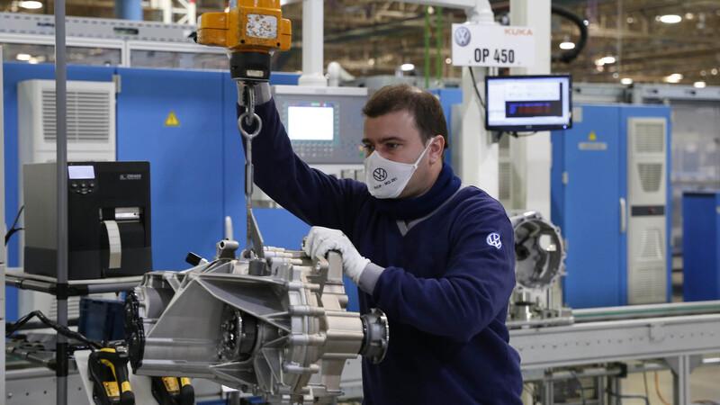 Volkswagen Argentina vuelve a ampliar el volumen de producción de la transmisión MQ281