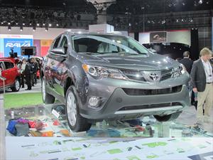 Toyota RAV4 2013 se presenta en el Salón de Los Angeles 2012