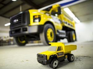 Ford F-750 Tonka, un juguete de tamaño real