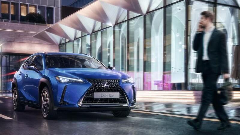 Lexus integra un sistema de aviso acústico en sus autos y SUVs híbridos