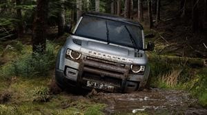 Land Rover Defender anuncia su arribo a Chile con preventa especial