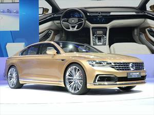 Volkswagen C Coupé GTE Concept, un vistazo al próximo Phaeton