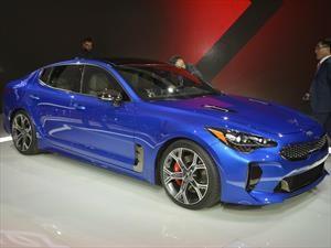 Kia Stinger 2018 es el auto con el mejor diseño del Auto Show de Detroit 2017