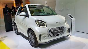 smart EQ Fortwo y EQ Fortwo Cabrio, eléctricos y con conectividad mejorada