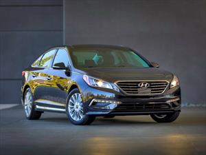 Recall de Hyundai a 140,000 unidades del Sonata
