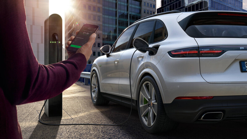 Porsche creará baterías para vehículos de competición y sumará redes de carga exclusivas