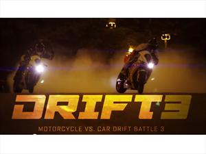 Video: Motocicletas vs. Autos drifteando