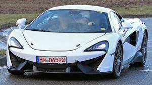McLaren tiene listo su primer auto híbrido enchufable