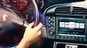 Porsche instala modernos sistema de infoentretenimiento a sus clásicos