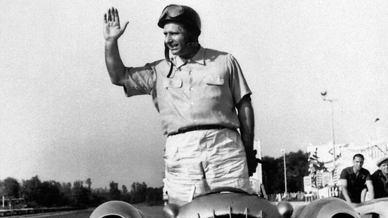 F1: Jackie Stewart destacó a Fangio como el mejor piloto de la historia